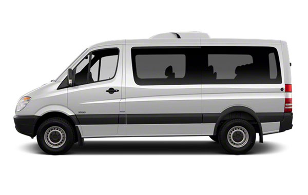 Belgrade city to Kopaonik private transfer with Minibus
